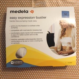 Medela nursing bra, white, size medium, never used